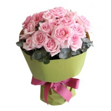 Classic Romance  - 12 Stems Bouquet