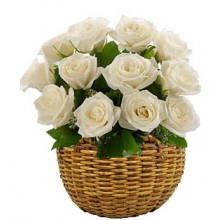 Charming Bloom -12 Stems Basket