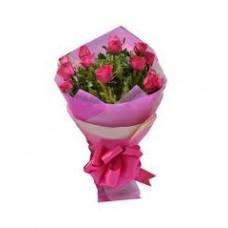 Lucky In Love - 12 Stems In Bouquet