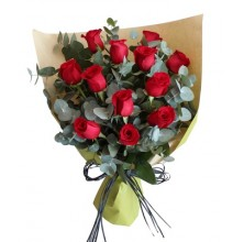 Love You - 12 Stems Bouquet