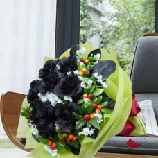 Love me Not - 12 Stems Bouquet