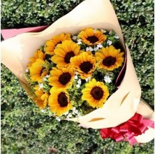 12 pcs Sunflower Bouquet